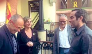 Vergés desafía a la Junta Electoral: no retira los lazos amarillos de Salud