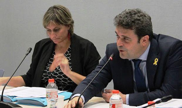 Vergés se compromete a retomar los proyectos sanitarios de la era de Comín