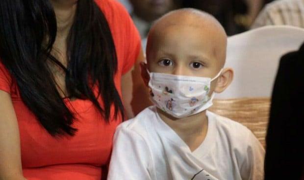Vergüenza médica en México: agua en vez de quimioterapia a niños con cáncer