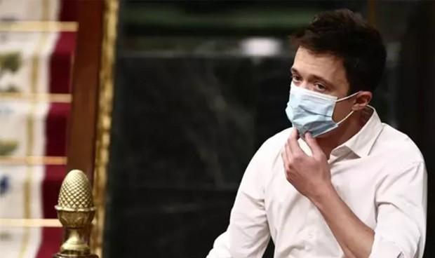 """""""Vete al médico"""": cortan a Errejón por llevar la salud mental al Congreso"""