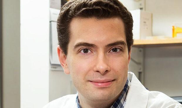 Vinculan el colesterol 'malo' elevado con el inicio temprano de alzhéimer