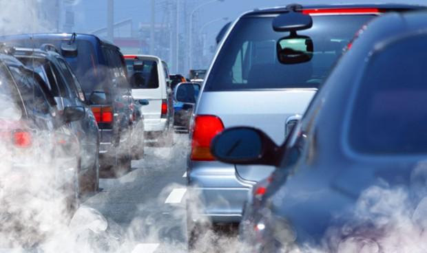 Vivir cerca del tráfico aumenta el riesgo de padecer demencia