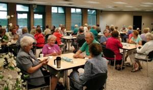 Vivir en residencia y no en casa eleva un 52% la mortalidad de los mayores