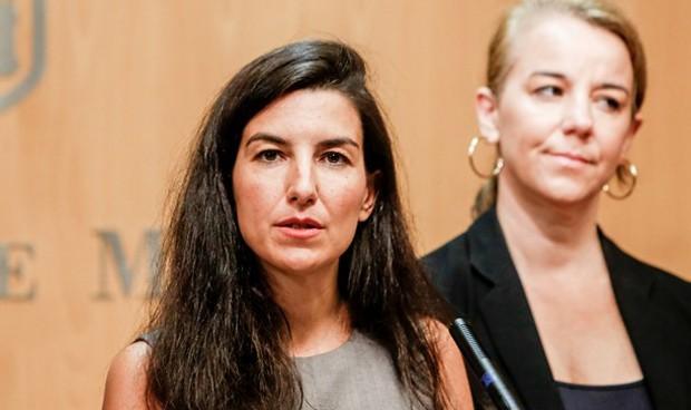 Vox ya no exige facturar la sanidad a los inmigrantes para pactar en Madrid