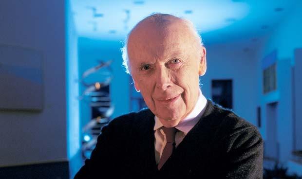 Watson, Nobel por investigar el ADN, sin títulos honoríficos por racista