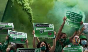 Ya es ley: Argentina legaliza el aborto hasta la semana 14 de gestación