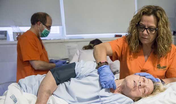 No hay excusas si se publican imágenes sexistas enfermeras