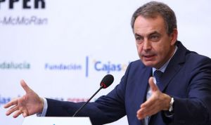 """Zapatero propone un frente contra la exclusión con el SNS como """"ejemplo"""""""
