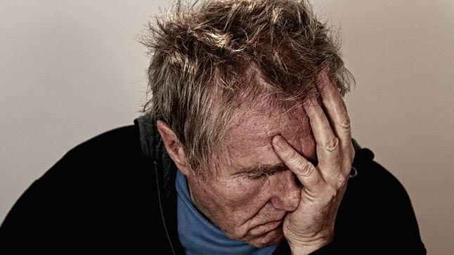 ¿Cómo se diagnostica la cefalea tensional?