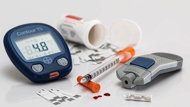 ¿Cómo se diagnostica la cetoacidosis diabética?