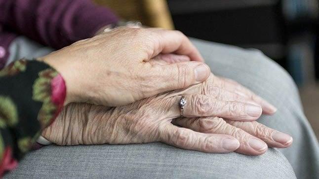 Causas, síntomas y tratamiento de la enfermedad de Parkinson