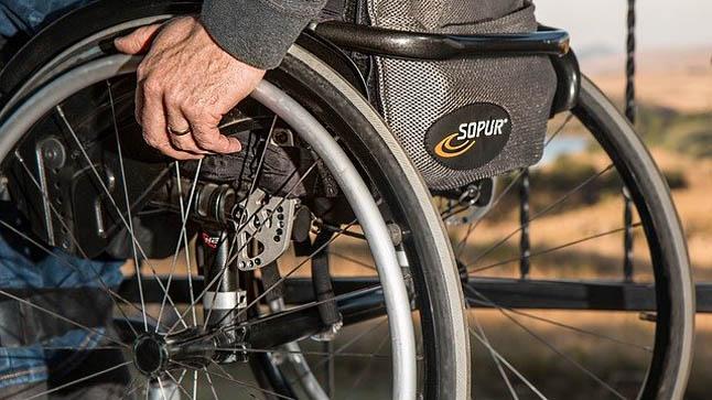 ¿Cómo se diagnostica la esclerosis lateral amiotrófica?