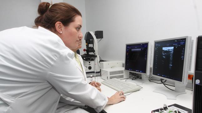 ¿Cómo se diagnostica la miocardiopatía dilatada?