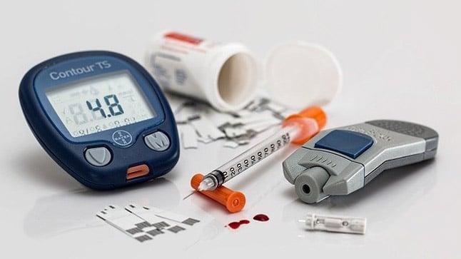 Alimentación, ejercicio físico y medicación en pacientes con diabetes