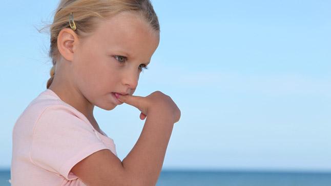 Causas y tratamiento de los tics en la infancia